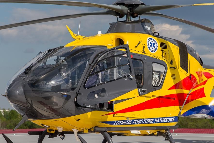 Helikopter na prezydenckim lądowisku