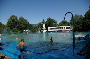 Czy miasto  kupi teren basenów ? Jest decyzja !
